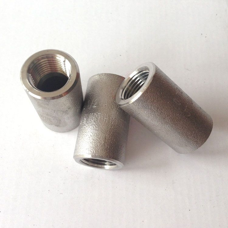 Forged 304 Stainless Steel Socket Weld Pipe Fitting Half Coupling